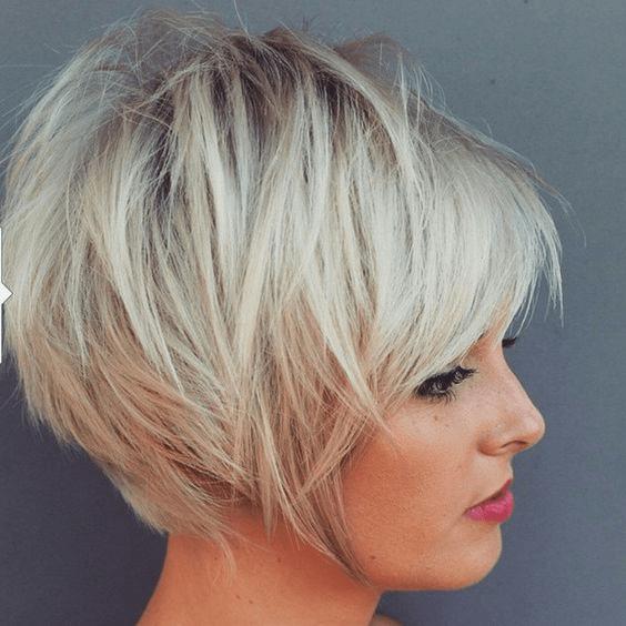 Vrouw kort blond - Modellenboek